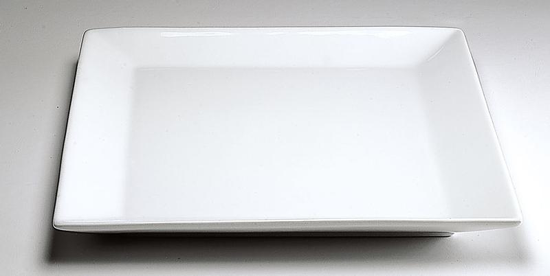 Plato cuadrado 19 cm porcelana blanca for Platos porcelana blanca