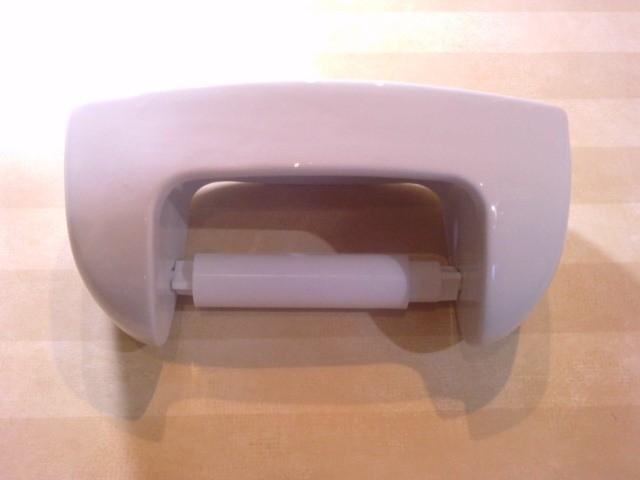 Portarrollos versalles porcelana blanca for Accesorios bano porcelana
